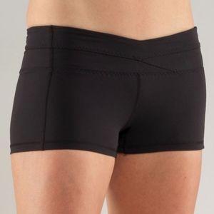 Lululemon HOT Black Short Shorts